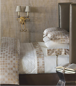 Contemporary Circle Pattern Bedding & Sheets. de Medici Adrienne