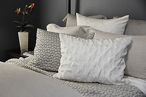 SDH Petalo Textured Silk Bedding - 2 Colors