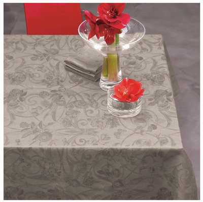 Le Jacquard Francais Tivoli Black Pepper Floral Table Linens