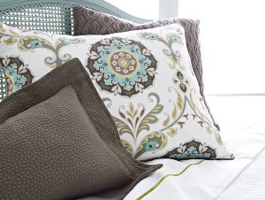 beautiful-print-bedding.jpg